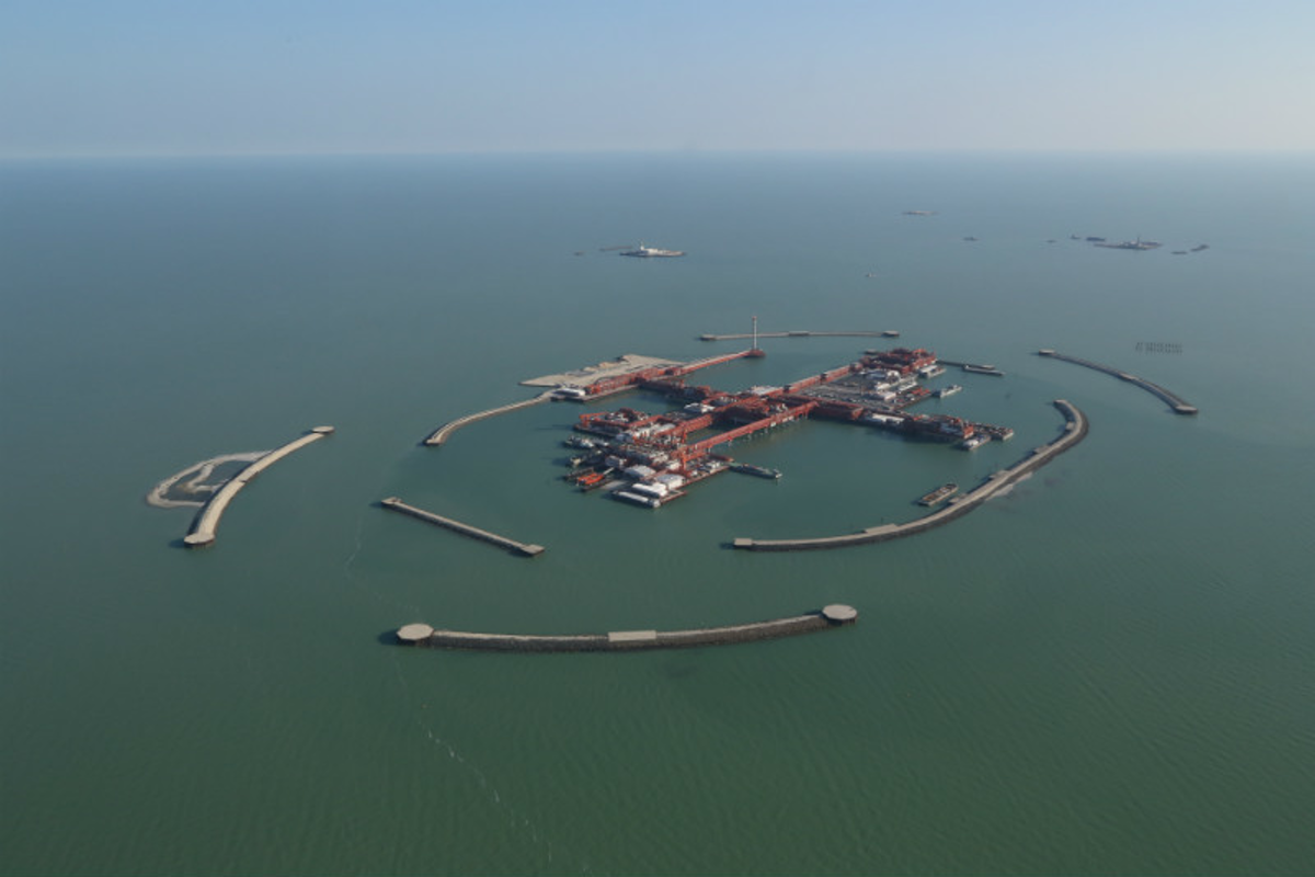 """Kashagan - The Largest Project in the World - The Island """"D"""""""